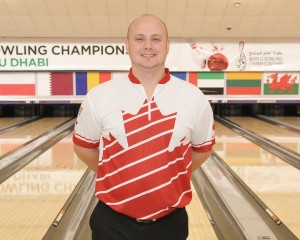 Singles gold medalist, Dan MacLelland of Canada taking over the lead of the All Events after 21 games